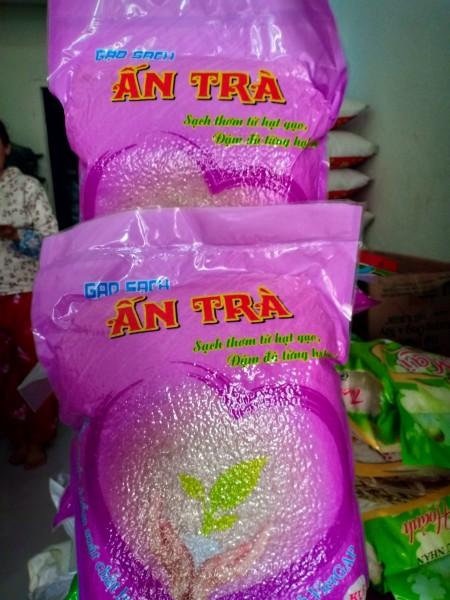 Gạo sạch Ấn Trà